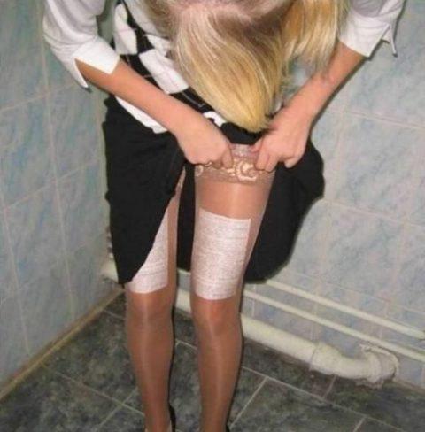 女子大生エロいカンニング方法がこちら。。男子教員には絶対にバレないわwwwww(エロ画像)・13枚目