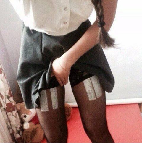 女子大生エロいカンニング方法がこちら。。男子教員には絶対にバレないわwwwww(エロ画像)・16枚目