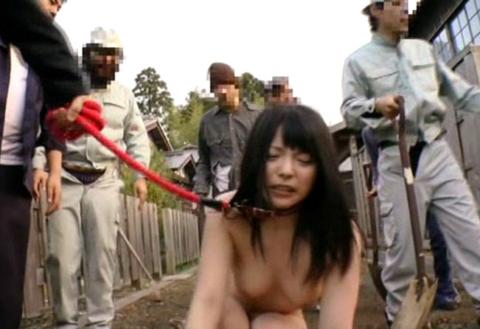 性奴隷にされてしまった女さん、買われてこうなる運命です。。これはヒドイ(エロ画像)・17枚目