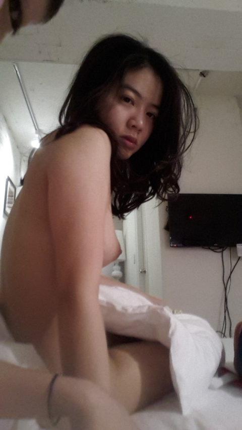 【売春婦】東南アジアの売春に行ったワイ、女を撮ったから晒す。感染怖くないか??・33枚目