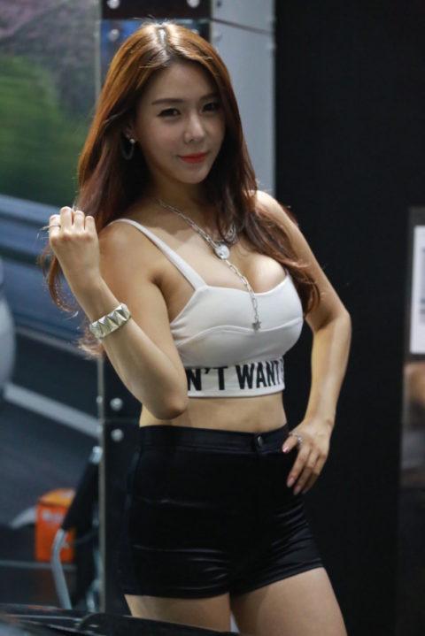 韓国の超絶美人なキャンギャルさん、顔も身体も最強レベルやった(エロ画像38枚)・34枚目