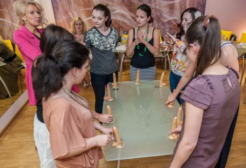 【ロシア エロ】ガチで存在する「フェラチオ教室」授業内容がこれ。サイコーwwwww・34枚目