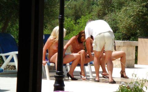 【海外エロ】本場のポルノ撮影現場が放送された。普通にドキュメントやんwwwww・19枚目