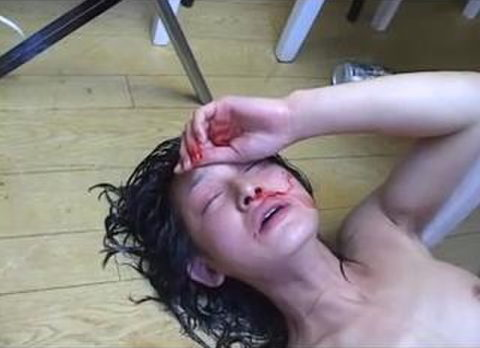 【エロ画像】女をボコボコにしないと興奮しない男が撮影した画像・・・・・・11枚目