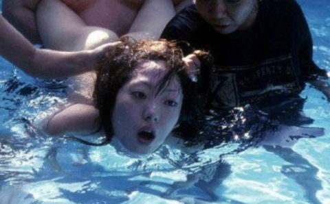 【エロ画像】女をボコボコにしないと興奮しない男が撮影した画像・・・・・・12枚目