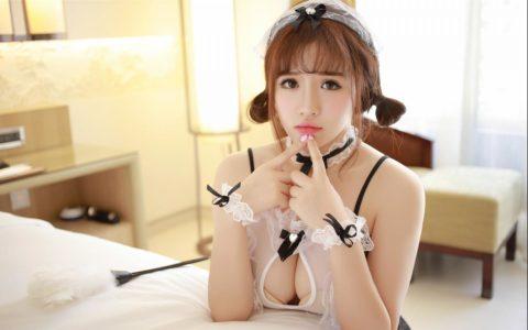 【コスプレ】露出度が異常な台湾メイドまんさんのエロ画像まとめwwwwwww・19枚目