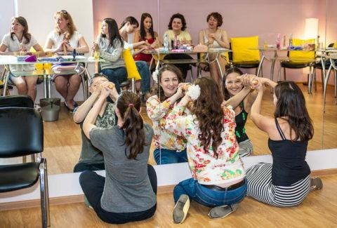【ロシア エロ】ガチで存在する「フェラチオ教室」授業内容がこれ。サイコーwwwww・5枚目
