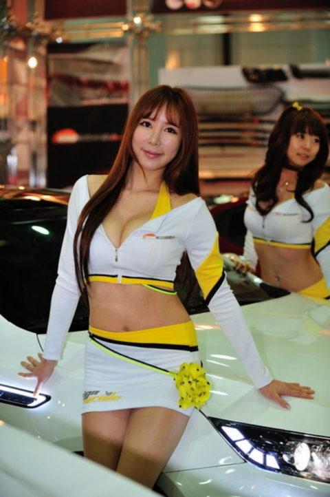 韓国の超絶美人なキャンギャルさん、顔も身体も最強レベルやった(エロ画像38枚)・9枚目