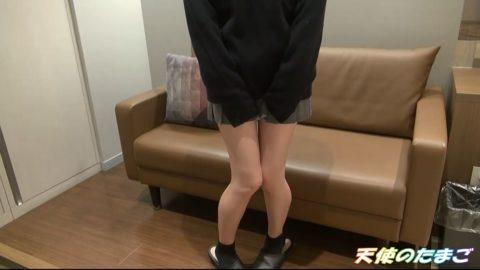 【素人】可愛い制服女子のガチハメ撮り。生チンポで挿入させてるんだが…(動画)・2枚目