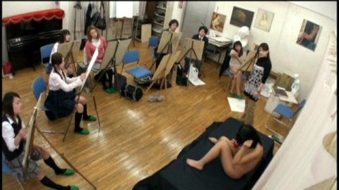 【エロ画像】ヌードデッサンのモデル女さん、過酷な状況びビビるwwwwww・17枚目