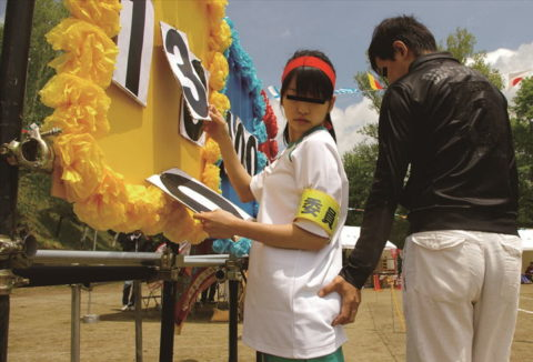 【エロ画像】大人の運動会が開催されたから見に行ったらヤバかったwwwwww・22枚目