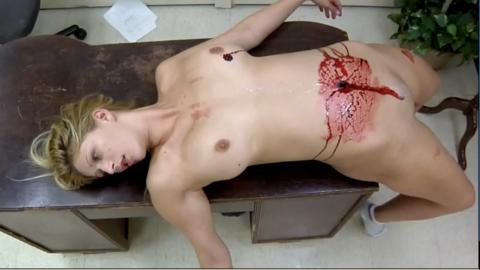 レイプ殺人現場(フェイク)の女性たちの姿がこちらです…リアルすぎない??(25枚)・23枚目