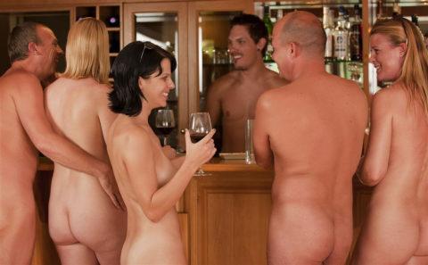 【エロ画像】世界の裸族女子さん、記念撮影して流出してしまうwwwwww・11枚目