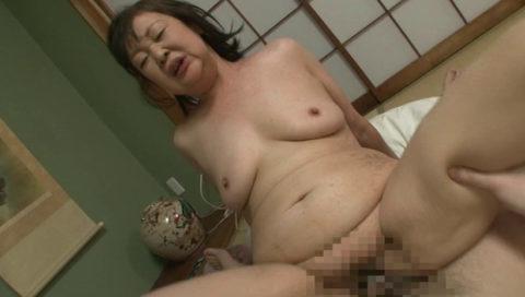 【エッチ画像】だらしない体した豊満熟女の放漫なセックス画像集(76枚)・20枚目