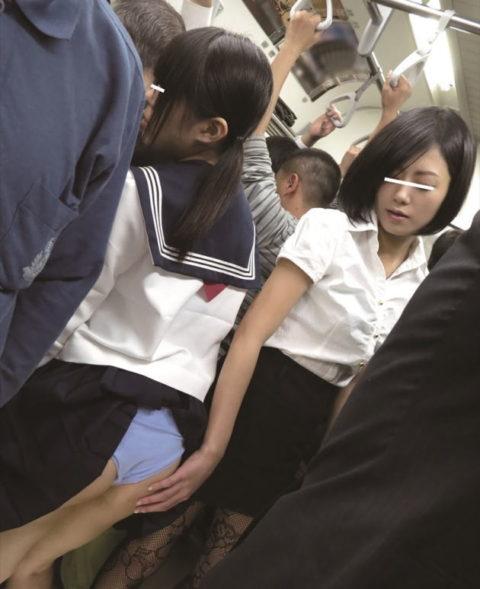 【痴漢エロ】まさかの「女性専用車両」での痴漢…犯人はメス・22枚目