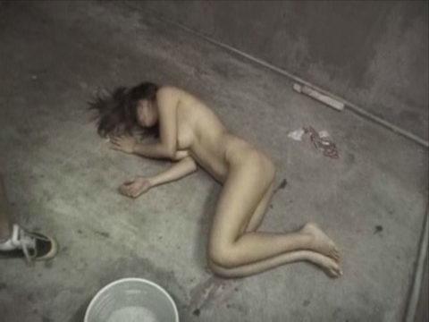 レイプされた女さんガチで道端にポイッとされてる・・・・・(画像あり)・12枚目