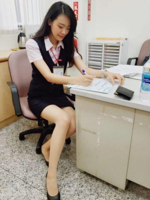 【素人エロ】台湾のOLさん、服を着ててもエッチすぎないか?wwwwww・12枚目