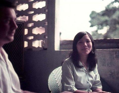 ベトナムの売春婦。。軍御用達らしいけど明らかに若すぎる・・・(エロ画像)・37枚目