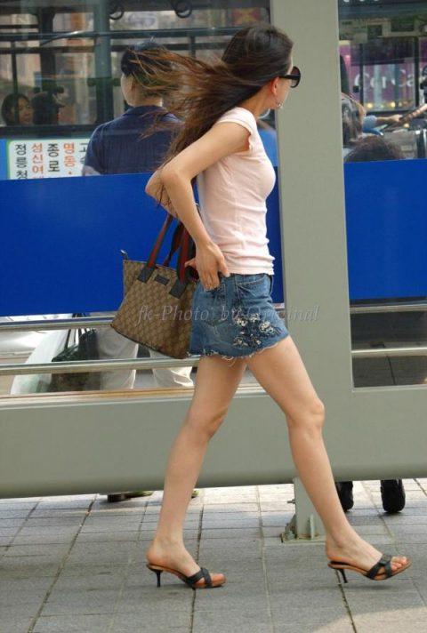 【韓国エロ】隣国に行ったワイ、街中で撮りまくった結果wwwwww(100枚)・13枚目