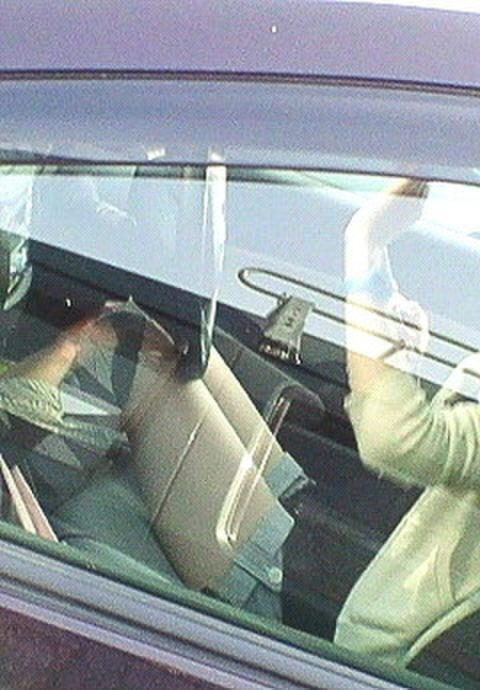 【盗撮】トラックの運転手さん、暇つぶしにヤバいものを撮影するwwwwww・1枚目