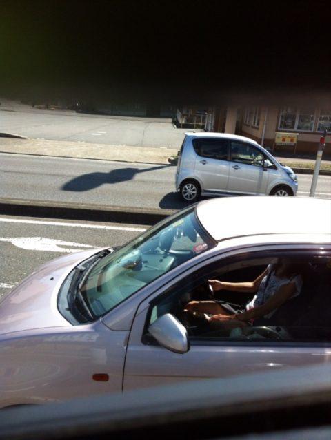 【盗撮】トラックの運転手さん、暇つぶしにヤバいものを撮影するwwwwww・11枚目