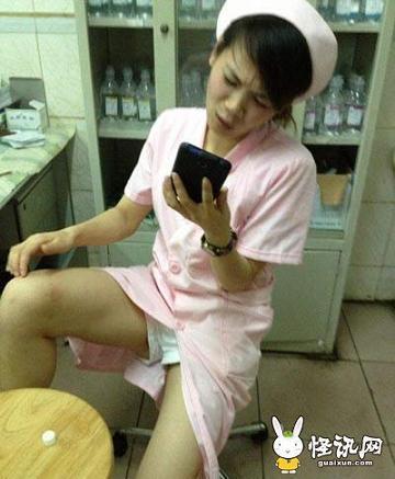 【エロ画像】おふざけエロ画像を排出するアジア系の女性たちwwwwww・15枚目