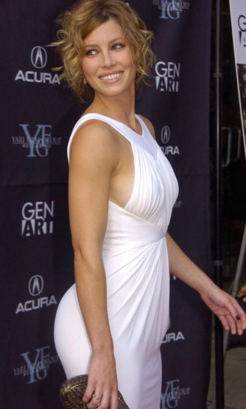 ハリウッド女優のおっぱいボッローンしたエロハプニング…丸出しやん。。(エロ画像)・21枚目
