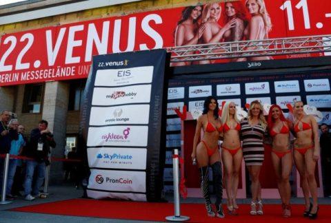 【エロ画像】ドイツの「Venus Berlin」とかいうイベントがエロエロやったwwwww・21枚目