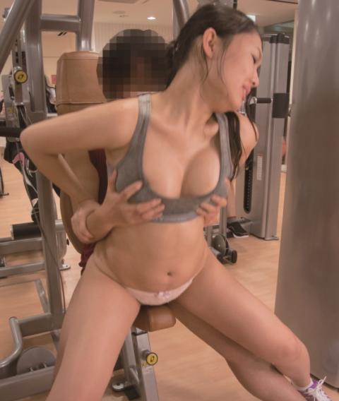 スポーツクラブで完璧ボディーの女がセックスしてるんやが、、(エロ画像)・11枚目