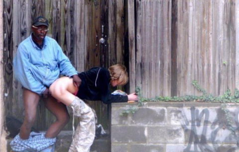 売春婦さんが逮捕覚悟でお仕事した結果。。警察にヤッたらアカンわぁwwwww(画像あり)・31枚目