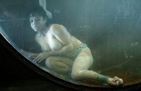 【エロ画像】素人諸君「水責め」はこうやってやるんだって見本・・・・21枚目