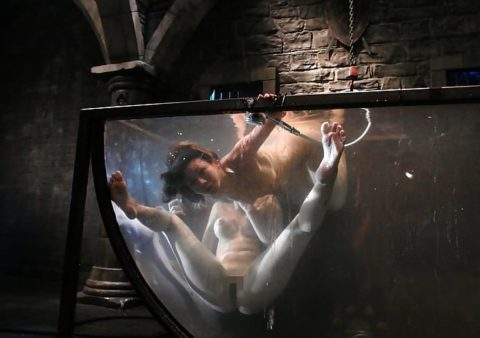 【エロ画像】素人諸君「水責め」はこうやってやるんだって見本・・・・25枚目