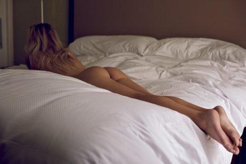 【素人エロ】全裸で寝てるワイの姉ちゃん晒すわwwwwwww(40枚)・29枚目