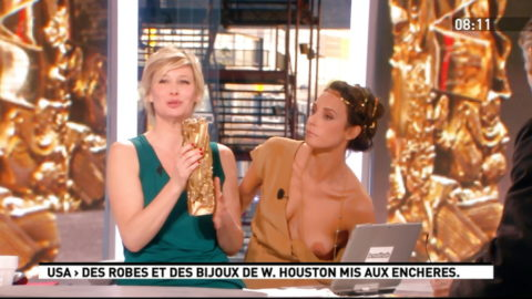エロハプニングまとめ。海外のTV番組は一味違いますwwwwww(エロ画像)・1枚目