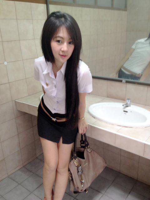 【エロ画像】タイの美人JDさん世界の男たちに魅力を提供するwwwww・18枚目