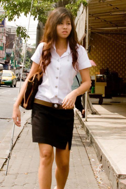 【エロ画像】タイの美人JDさん世界の男たちに魅力を提供するwwwww・3枚目