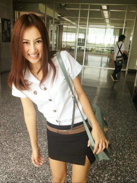 【エロ画像】タイの美人JDさん世界の男たちに魅力を提供するwwwww・6枚目