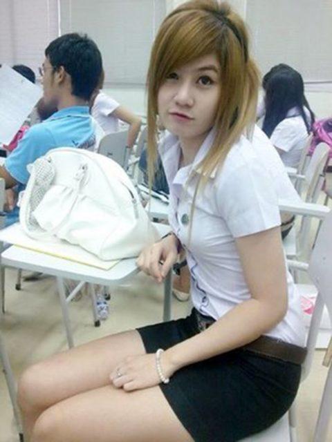 【エロ画像】タイの美人JDさん世界の男たちに魅力を提供するwwwww・8枚目