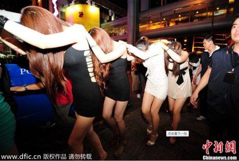 香港の売春婦の実態を撮影したエロ画像。エロレベルMAXですwwwwww・1枚目