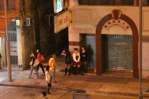 香港の売春婦の実態を撮影したエロ画像。エロレベルMAXですwwwwww・16枚目