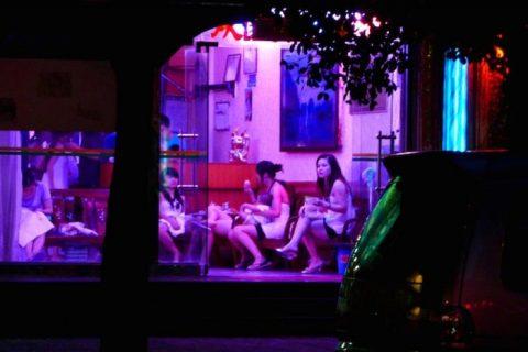 香港の売春婦の実態を撮影したエロ画像。エロレベルMAXですwwwwww・23枚目
