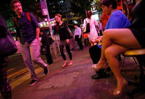 香港の売春婦の実態を撮影したエロ画像。エロレベルMAXですwwwwww・24枚目
