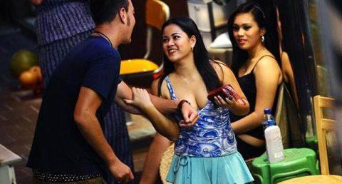 香港の売春婦の実態を撮影したエロ画像。エロレベルMAXですwwwwww・25枚目