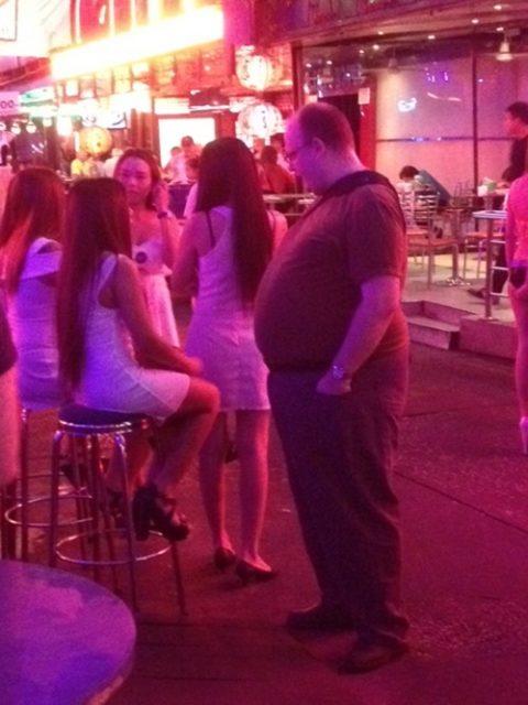 香港の売春婦の実態を撮影したエロ画像。エロレベルMAXですwwwwww・5枚目