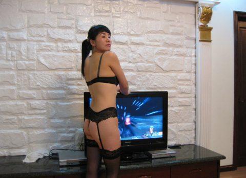 【美熟女】中国の熟れた女性たちのプレイベートショット。全然イケるwwwww・12枚目