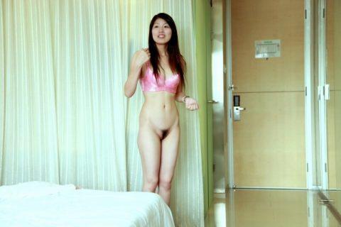 【美熟女】中国の熟れた女性たちのプレイベートショット。全然イケるwwwww・6枚目