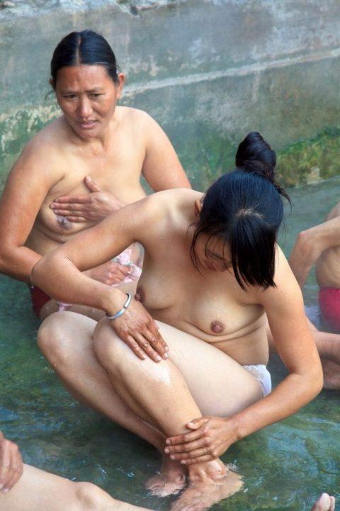 【美熟女】中国の熟れた女性たちのプレイベートショット。全然イケるwwwww・7枚目