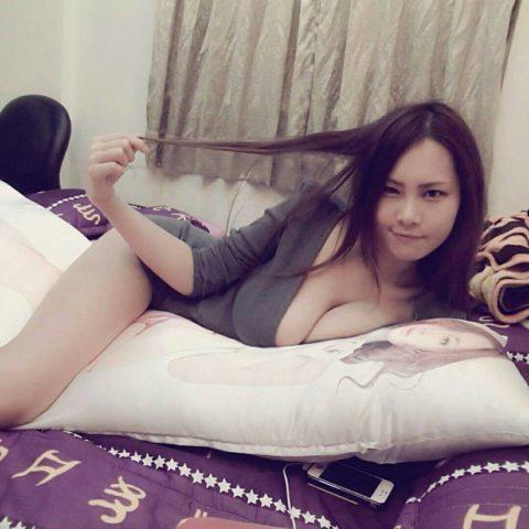 着衣巨乳の宝庫「台湾美女」のダイナミックおっぱいがこちら。(36枚)・9枚目
