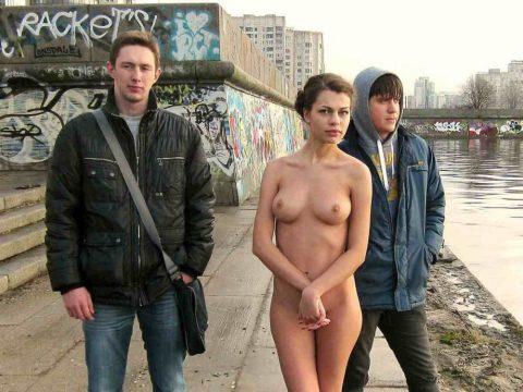 【素人】街中で遭遇した露出狂まんさんと記念撮影したでwwwwww・23枚目