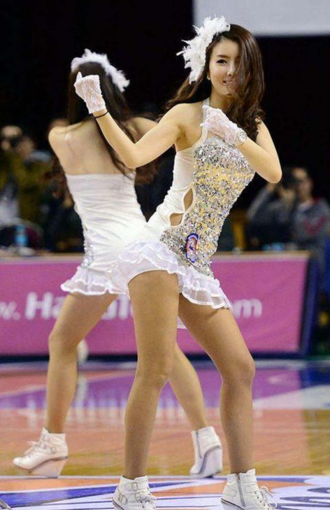 チアリーダーの韓国まんさん、世界トップクラスのボディーだと話題にwwwwww・11枚目